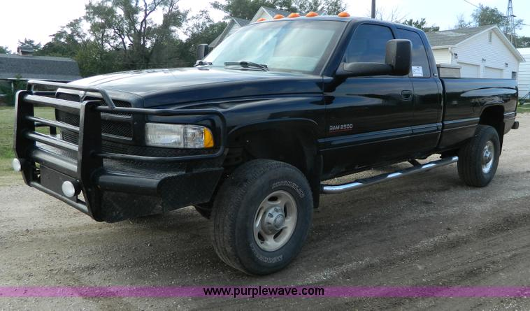 I on 1996 Dodge Dakota Extended Cab Seats