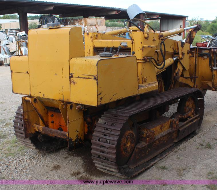 International 500C track loader | Item H6976 | SOLD! October