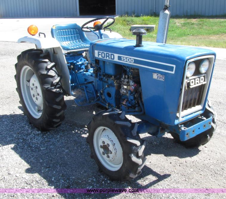 Used Tires Des Moines >> Ford 1500 MFWD utility tractor | Item E4505 | 10-23-2013