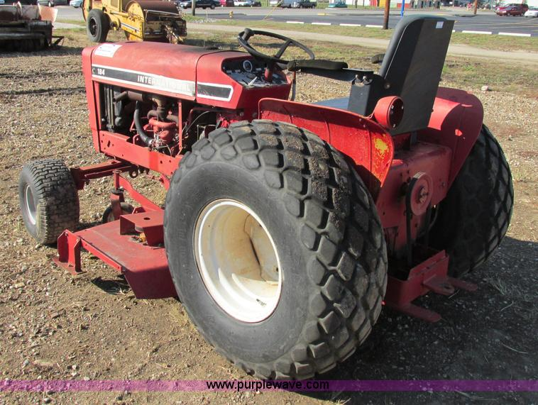 International 184 Tractor : International lawn tractor item f sold