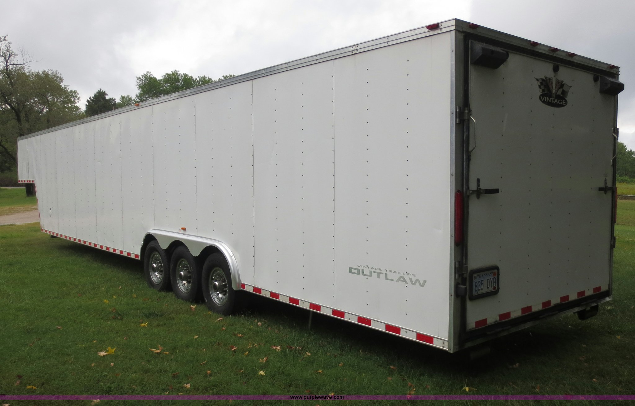 2008 Vintage 0L844GN enclosed car hauler trailer | Item F665...