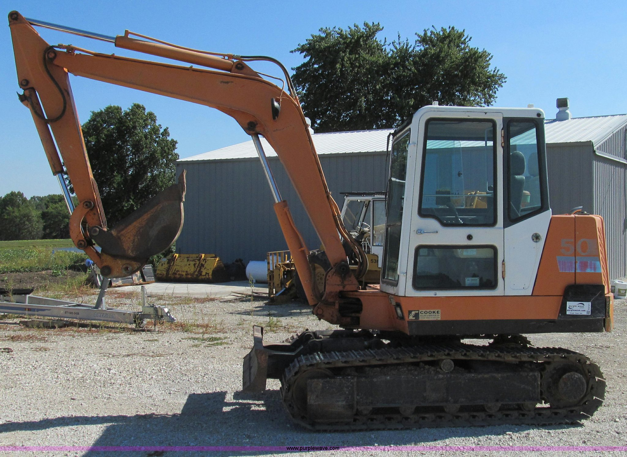 ... Daewoo DH50 mini excavator Full size in new window ...