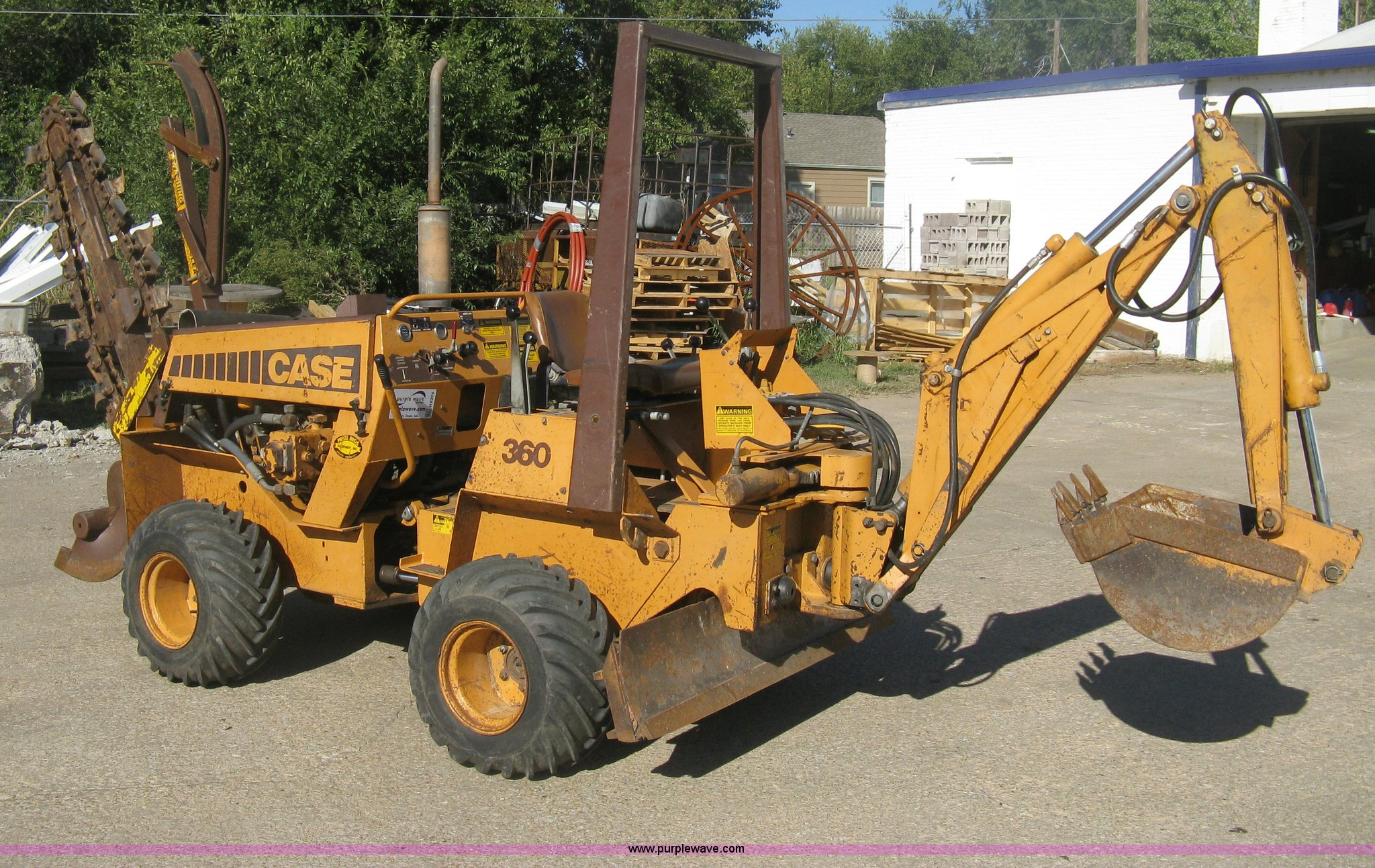 H6274 image for item H6274 1988 Case 360 trencher