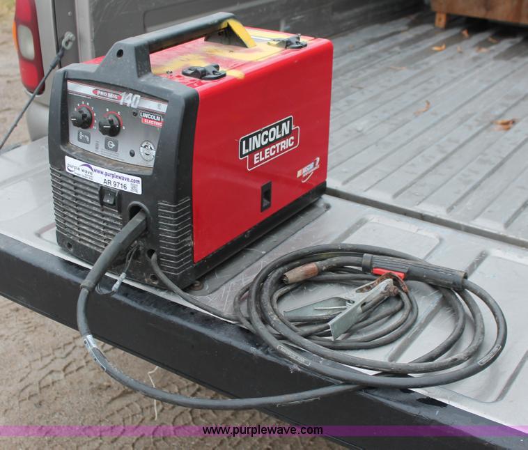 Lincoln Electric Pro Mig 140 welder | Item AR9716 | SOLD! Tu