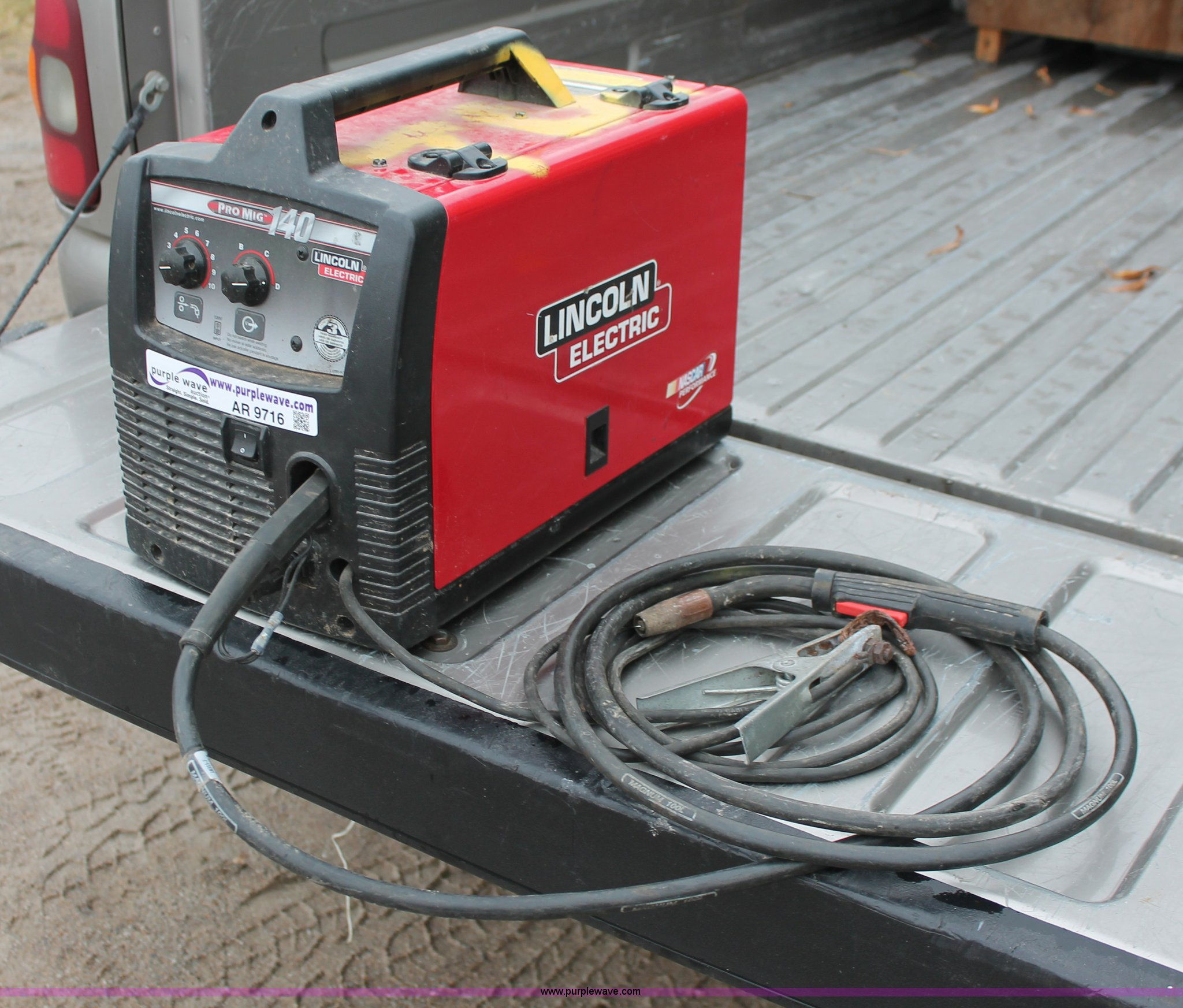 Lincoln Pro Mig 140 Wire Size Center Circuitbending A Funky Furby 7 Performance For One Electric Welder Item Ar9716 Sold Tu Rh Purplewave Com 135 Parts Specs