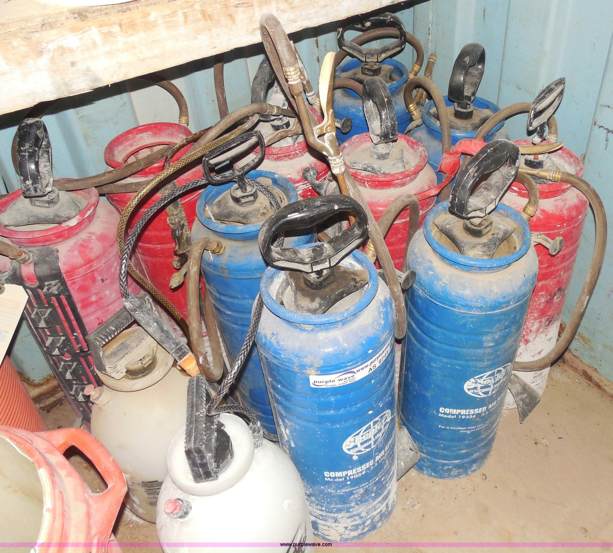 12) spray tanks | Item AS9741 | SOLD! Tulsa Dynaspan Inc  L