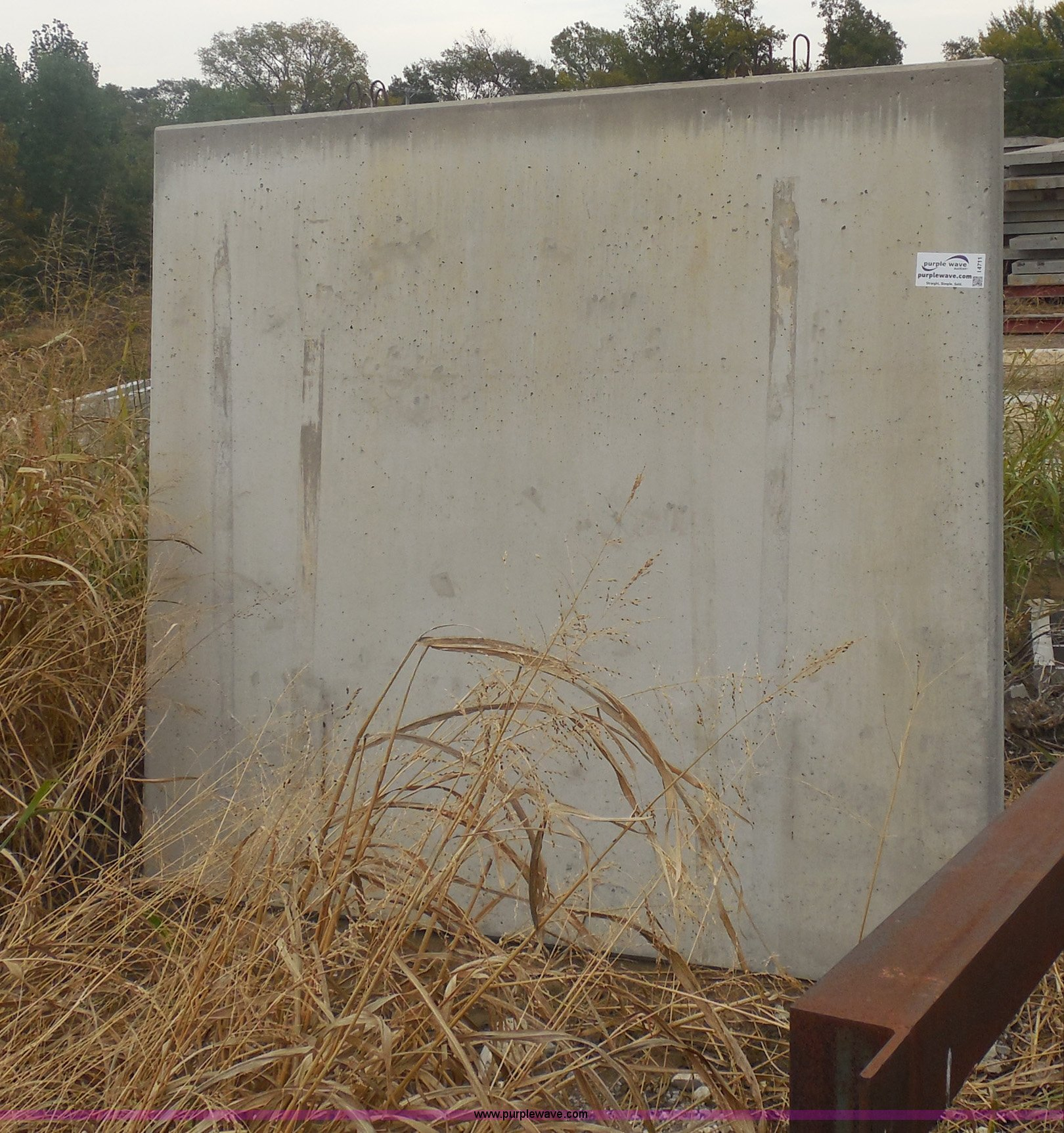 6) concrete fence panels | Item I4711 | SOLD! Tulsa Dynaspa