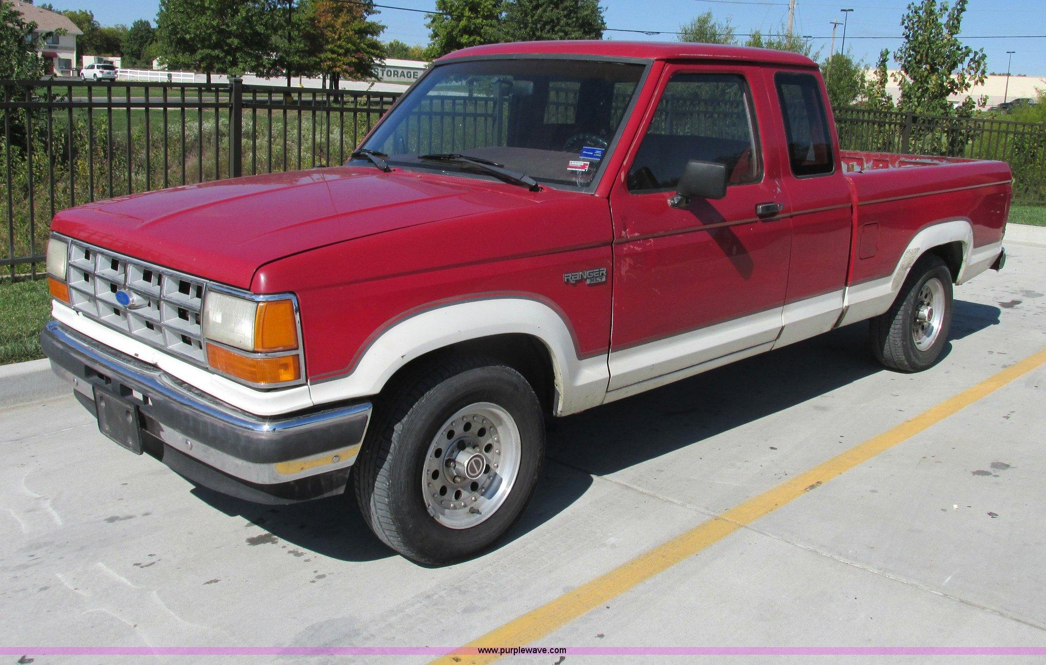 F5317 image for item F5317 1990 Ford Ranger XLT ...