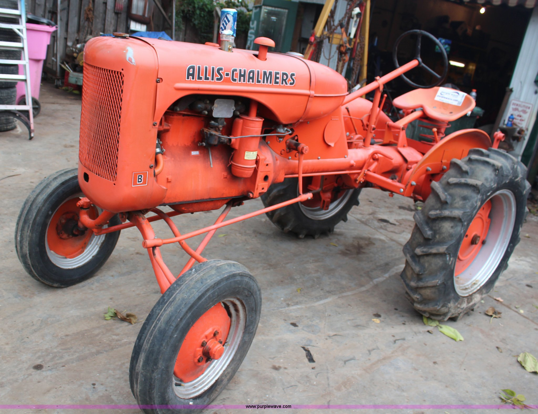 1940 Allis Chalmers B tractor | Item H7950 | 11-20-2013