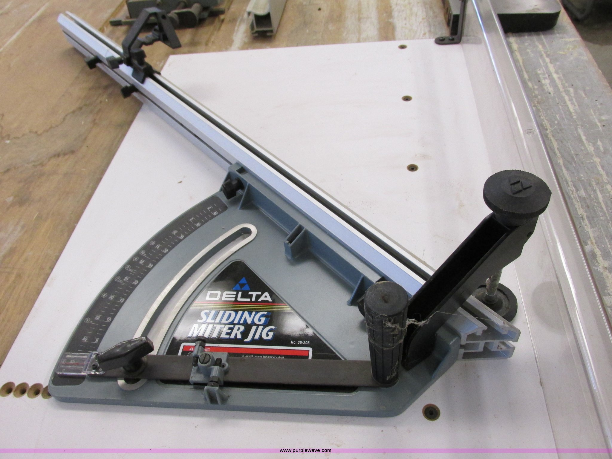 Delta Unisaw Table Saw Item G8935 11 21 2013