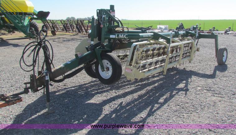 LMC 8907 hay rake | Item AE9097 | SOLD! December 4 Ag Equipm