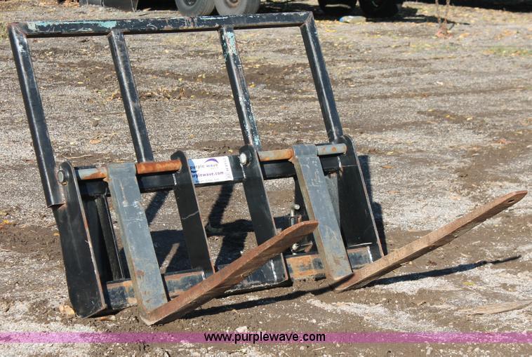 Bush Hog Fl200 Forklift Pallet Forks No Reserve Auction