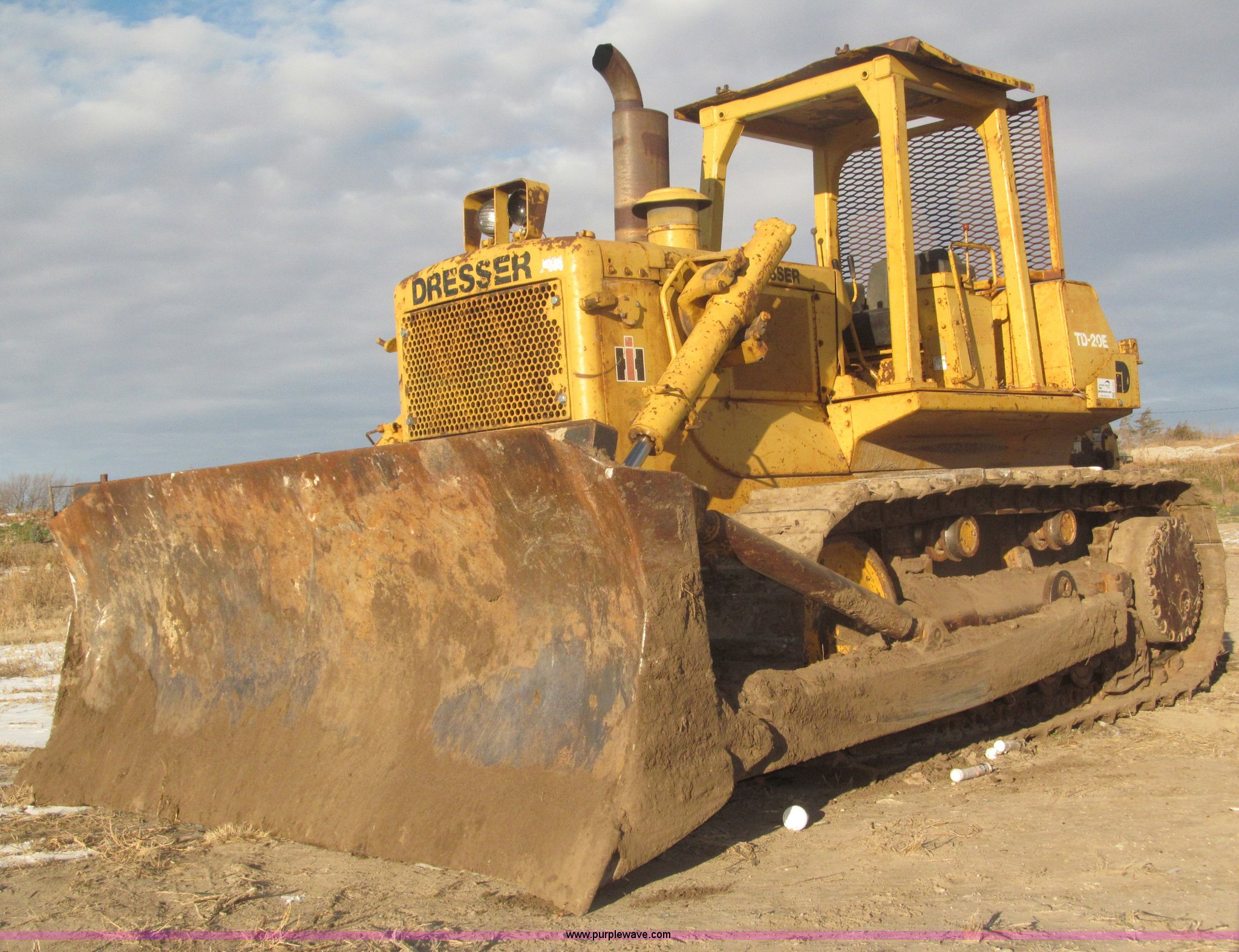 1983 International Dresser TD20E dozer | Item F7203 | SOLD!