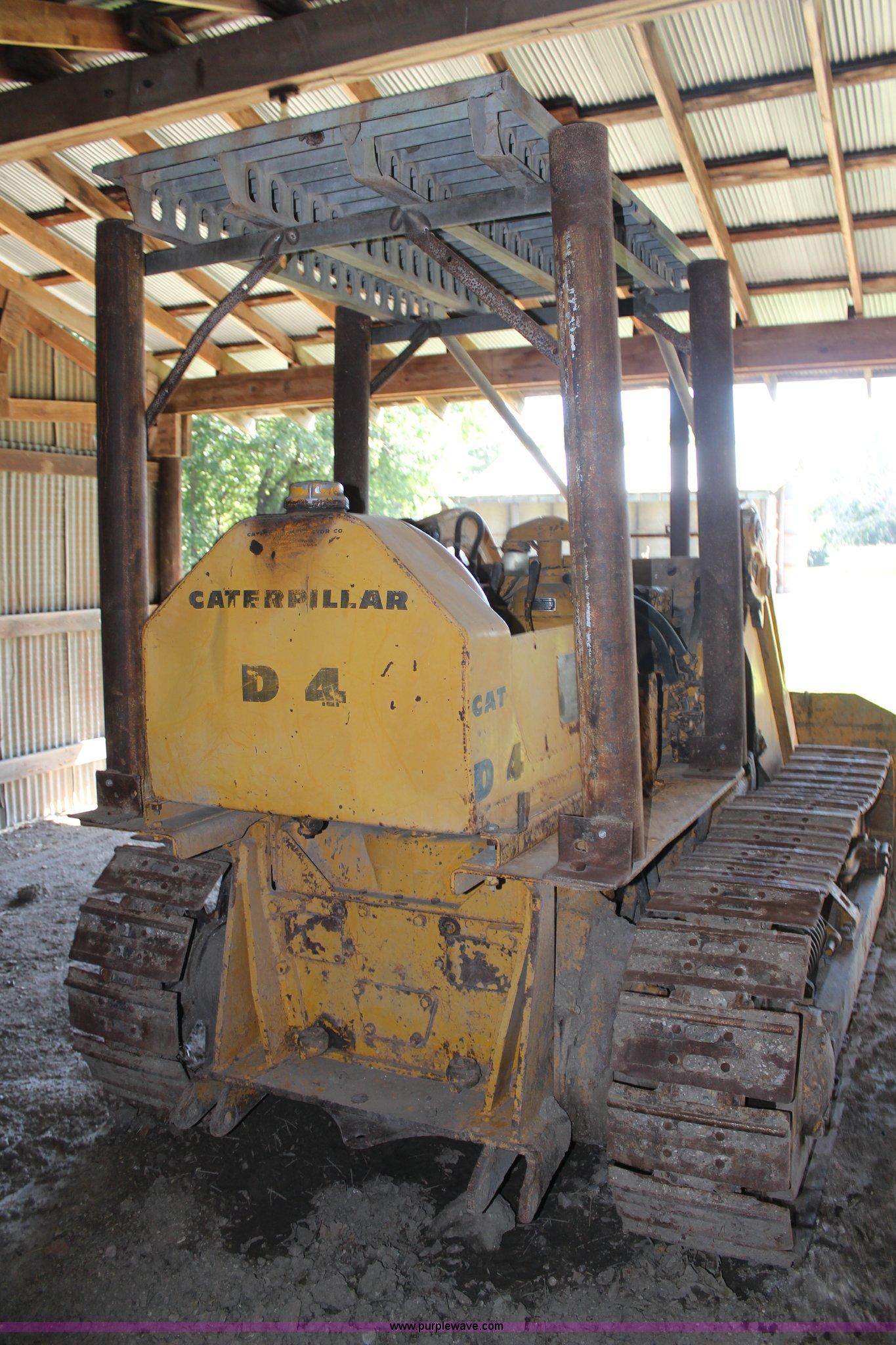 Caterpillar D4 track loader | Item H6993 | SOLD! December 19