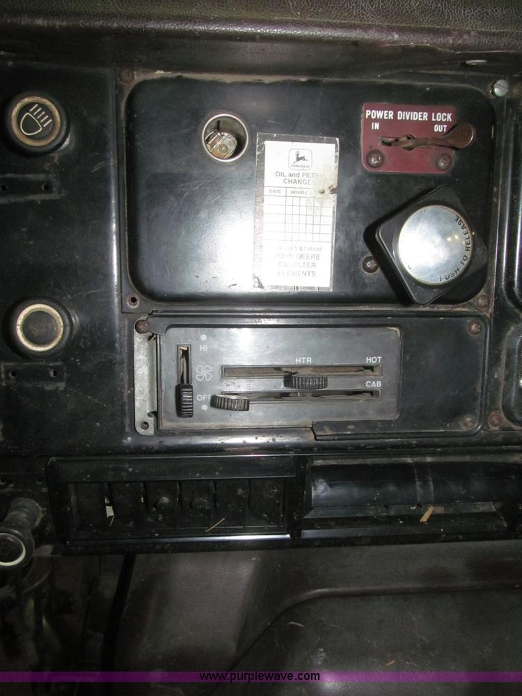 1989 International F2674 silage truck | Item F7206 | SOLD! D