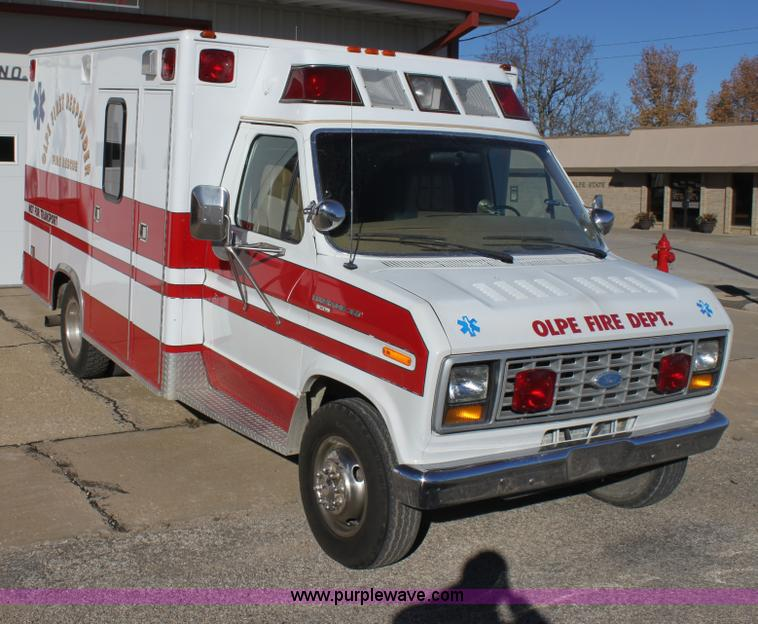 1985 Ford Econoline E350 Ambulance