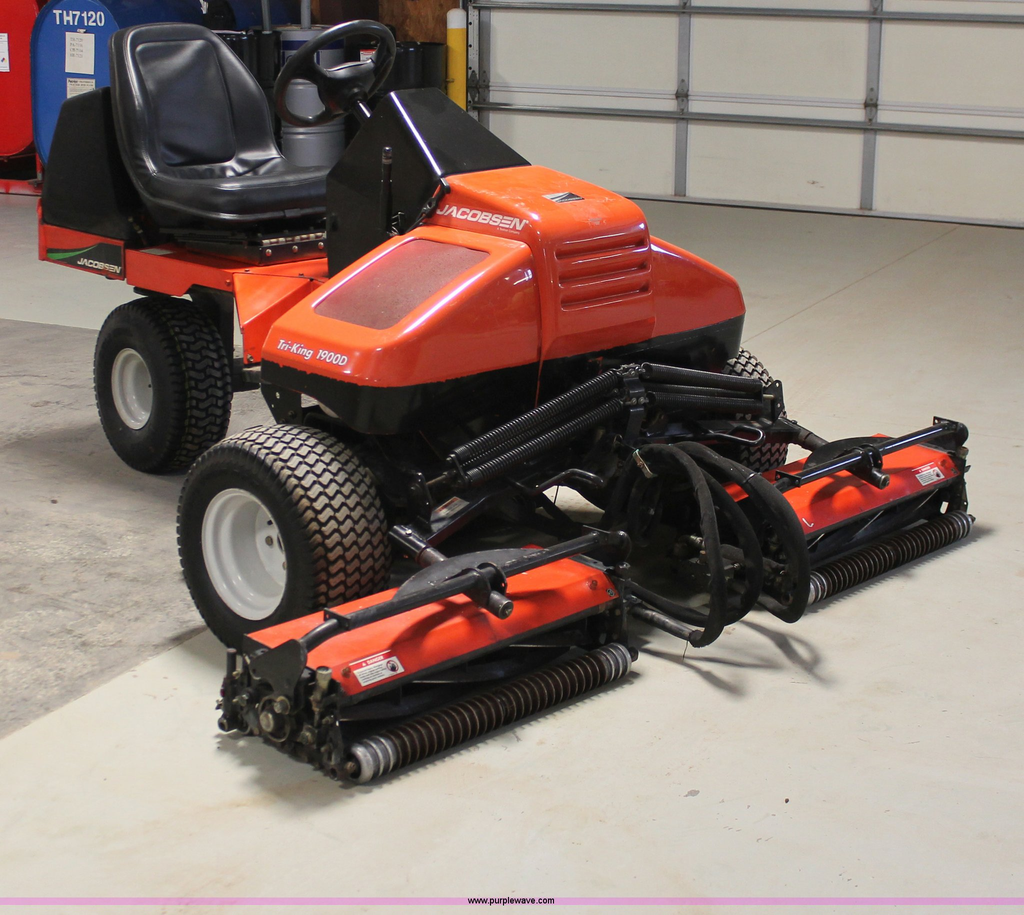 2002 Jacobsen Tri-King 1900D reel mower | Item H8387 | SOLD!