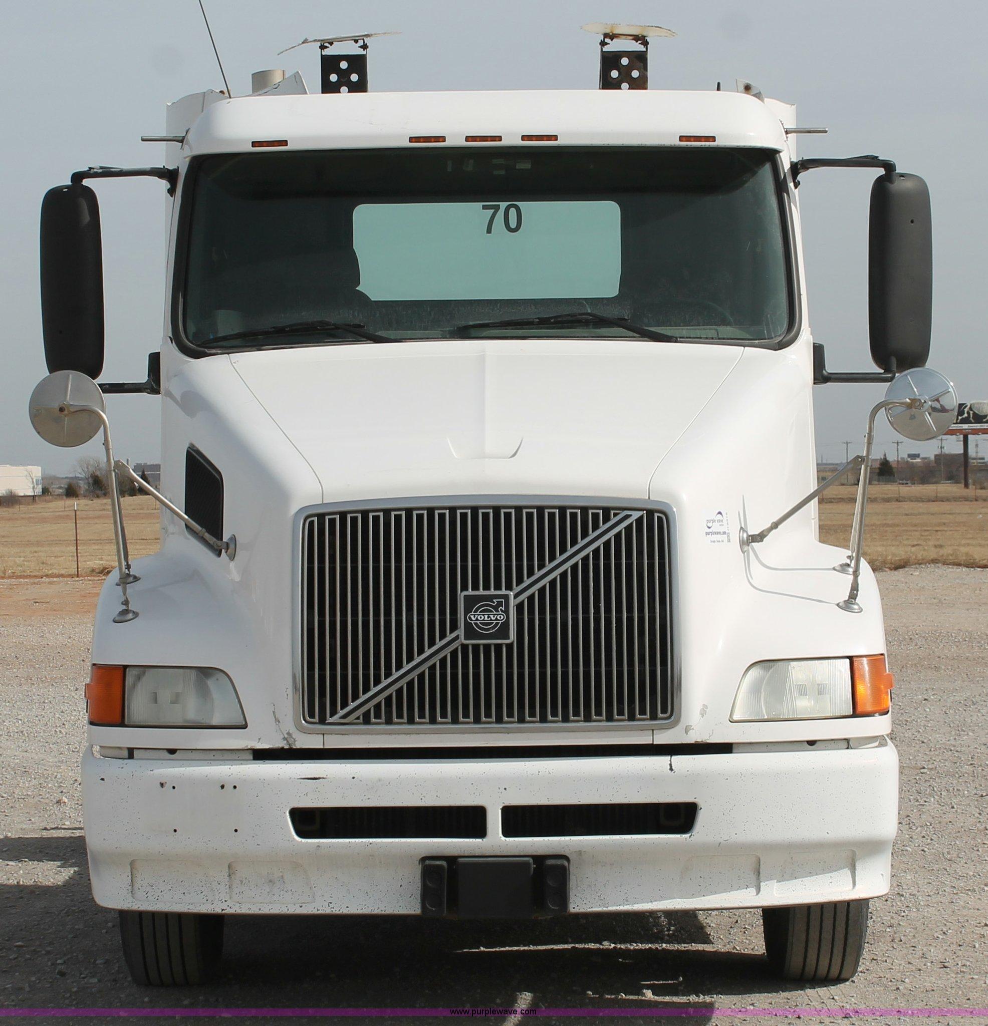 sale listing new vnl truck for center wheeling volvo
