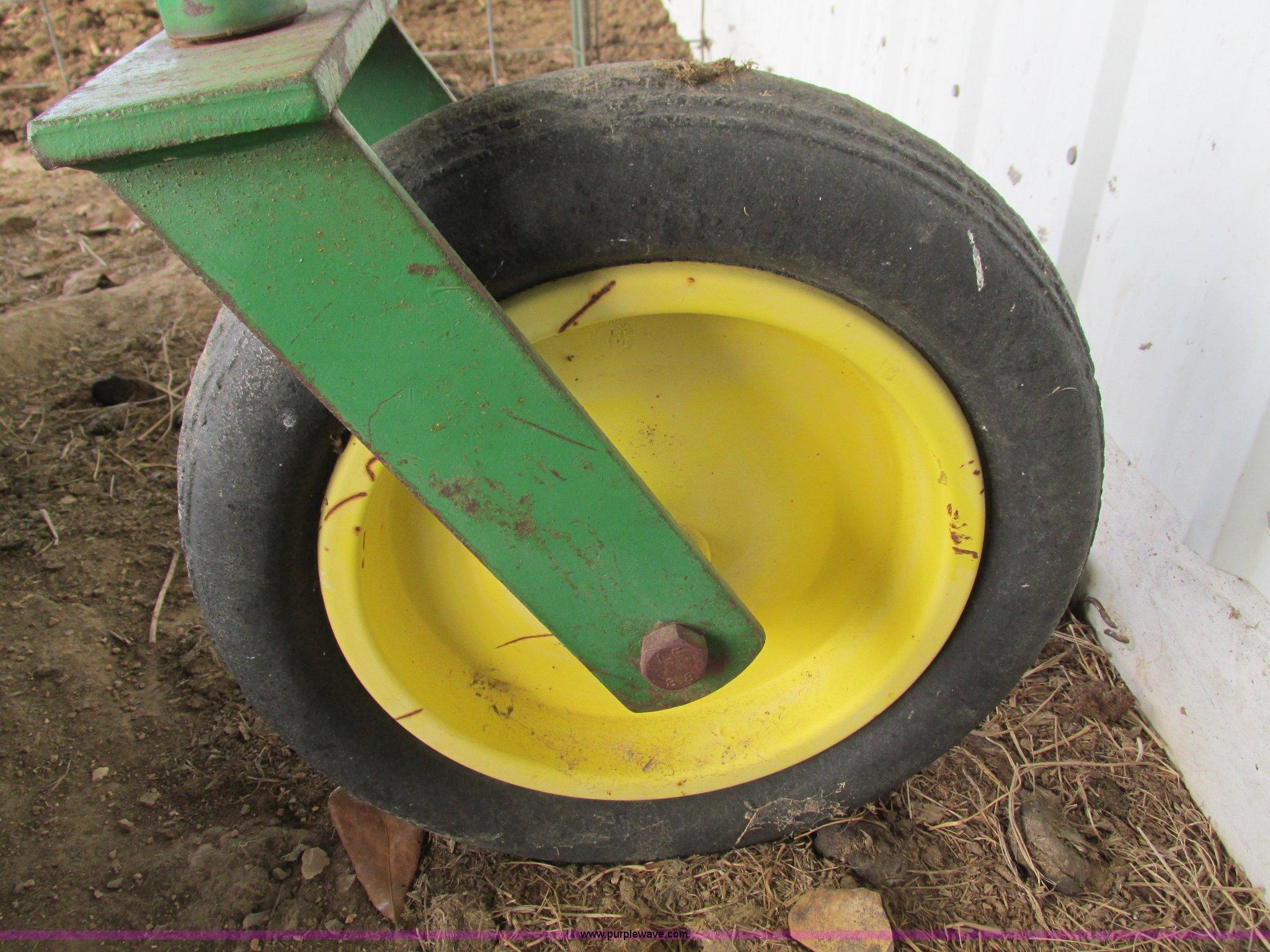 John Deere 616 rotary mower | Item AC9952 | SOLD! February 2