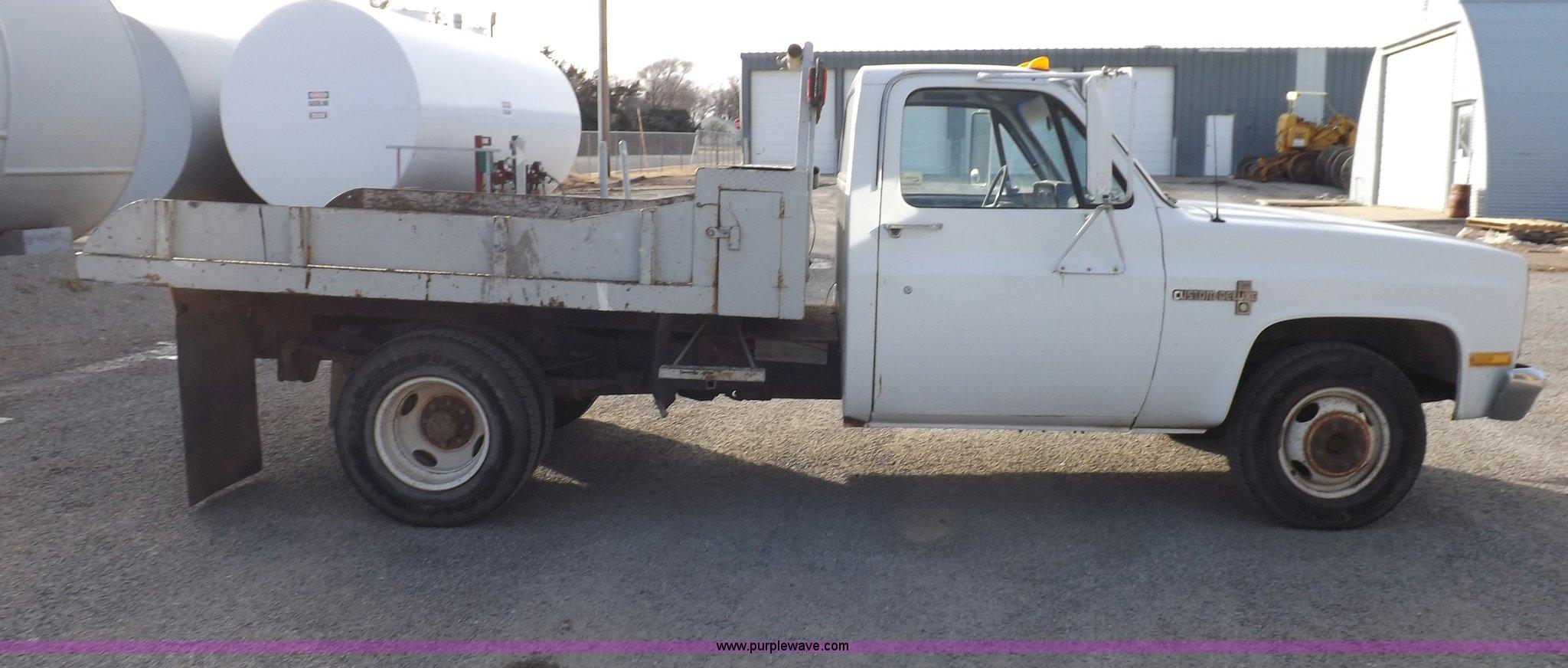 1988 chevrolet custom deluxe r30 flatbed truck full size in new window