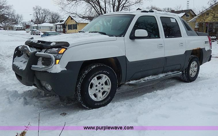 2002 chevrolet avalanche 1500 z71 pickup truck item i9431 i9431 image for item i9431 2002 chevrolet avalanche 1500 z71 pickup truck sciox Image collections