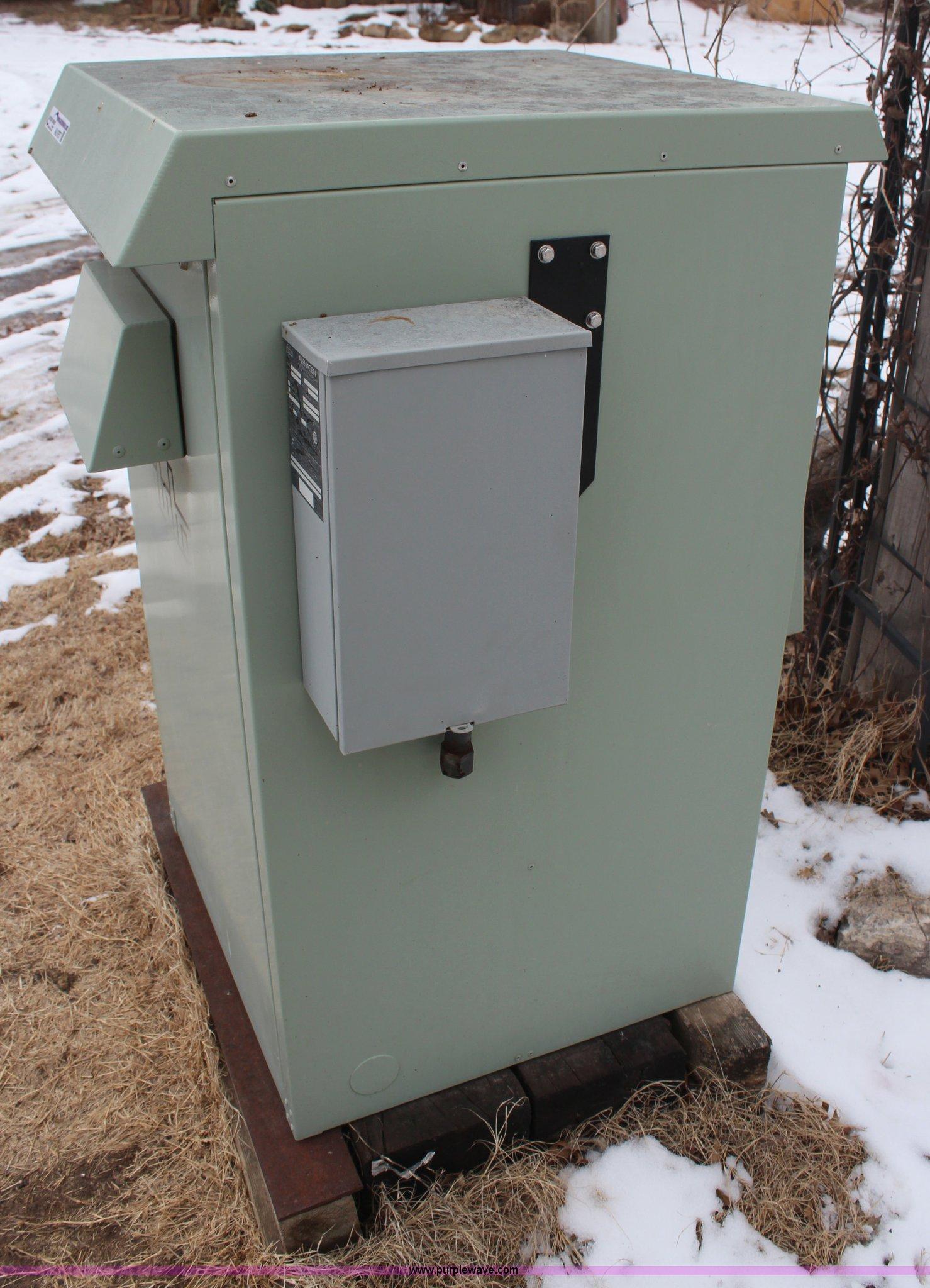 Alphagen natural gas generator Item AU9757