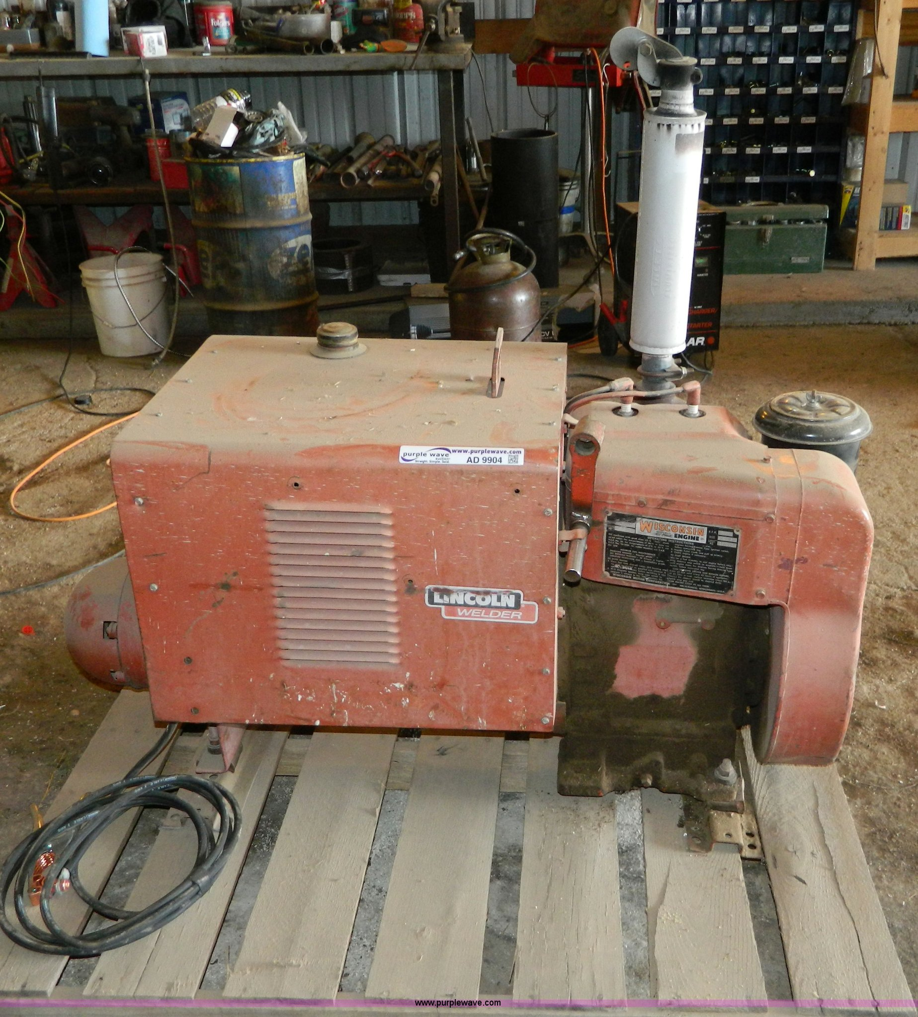 Lincoln AC 225 5 AS portable welder power plant