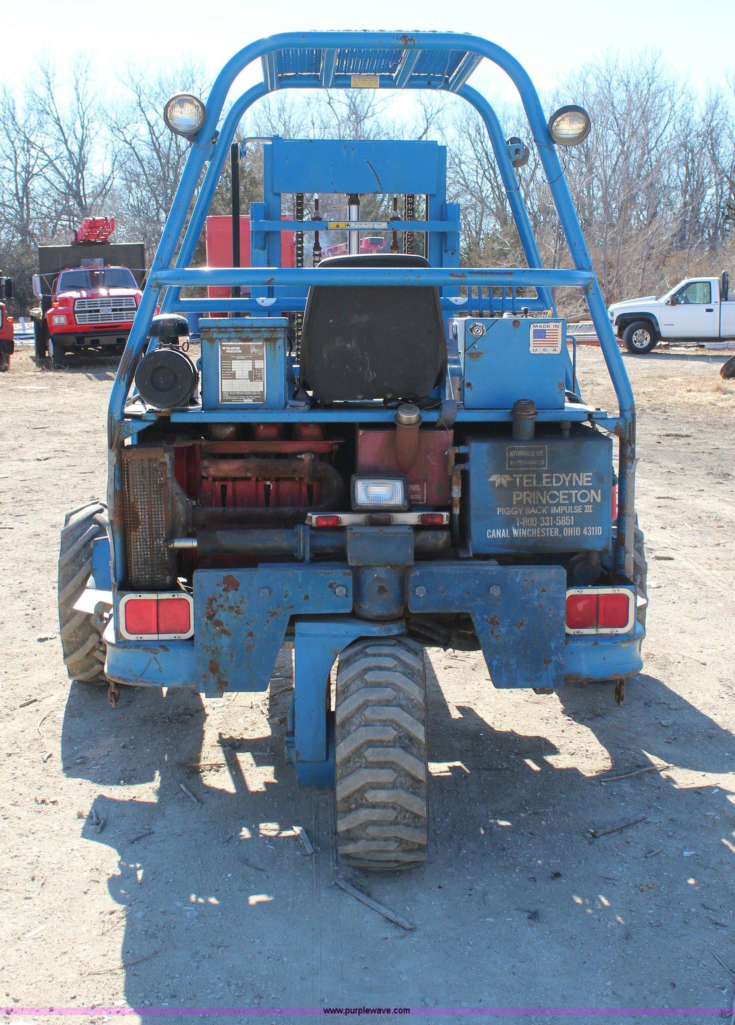 1993 Teledyne Princeton D5000 Forklift Item H7801