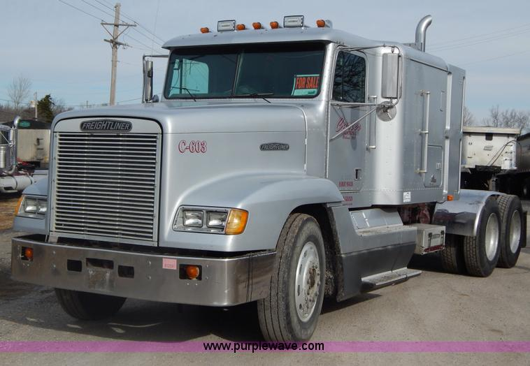 Truck And Trailer Auction In Manhattan, Kansas By Purple