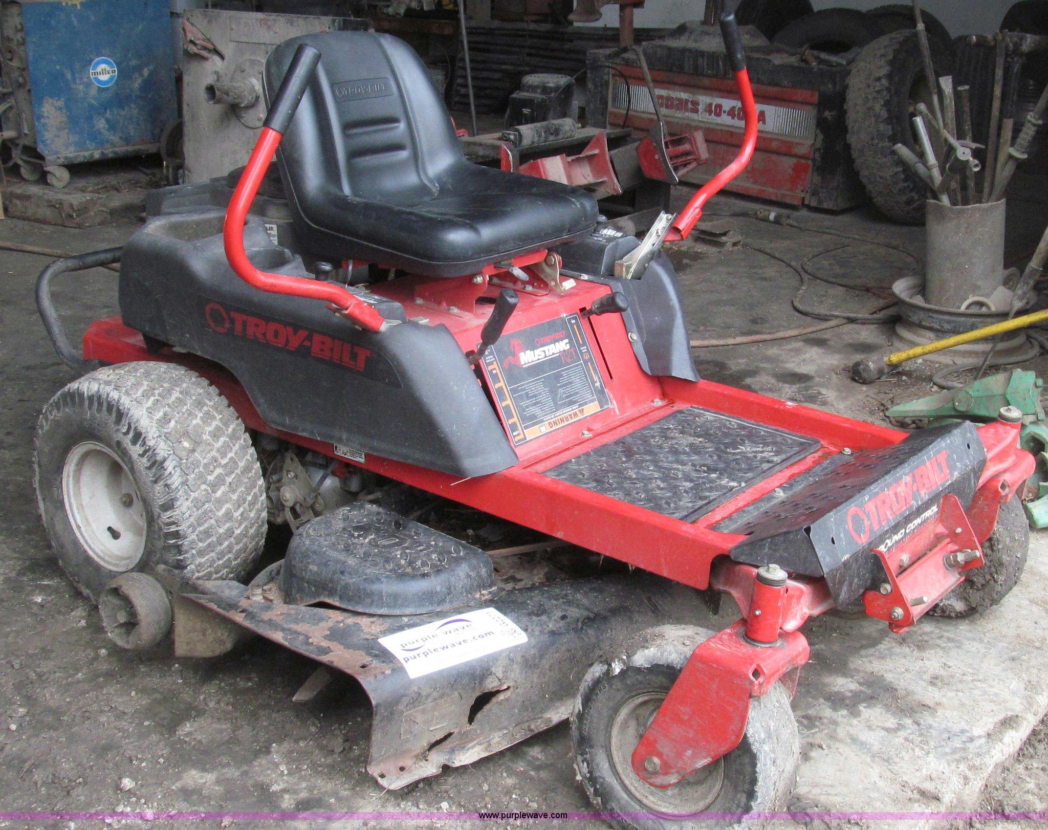 2007 Troy Bilt Mustang RZT ZTR lawn mower | Item G2271 | SOL