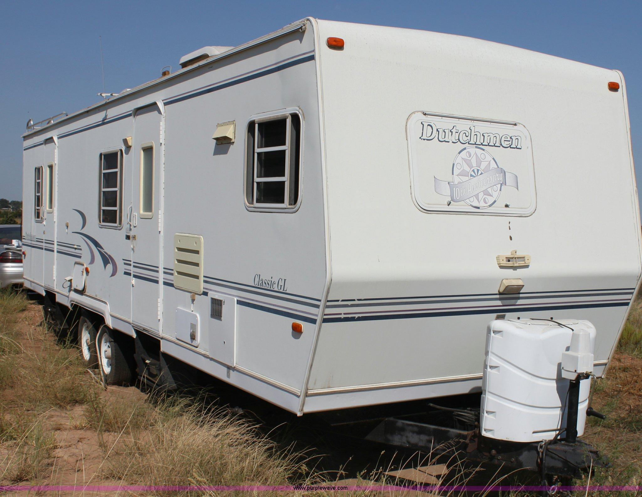 1999 Dutchmen Classic GL 31' camper   Item H7351   SOLD! Mar