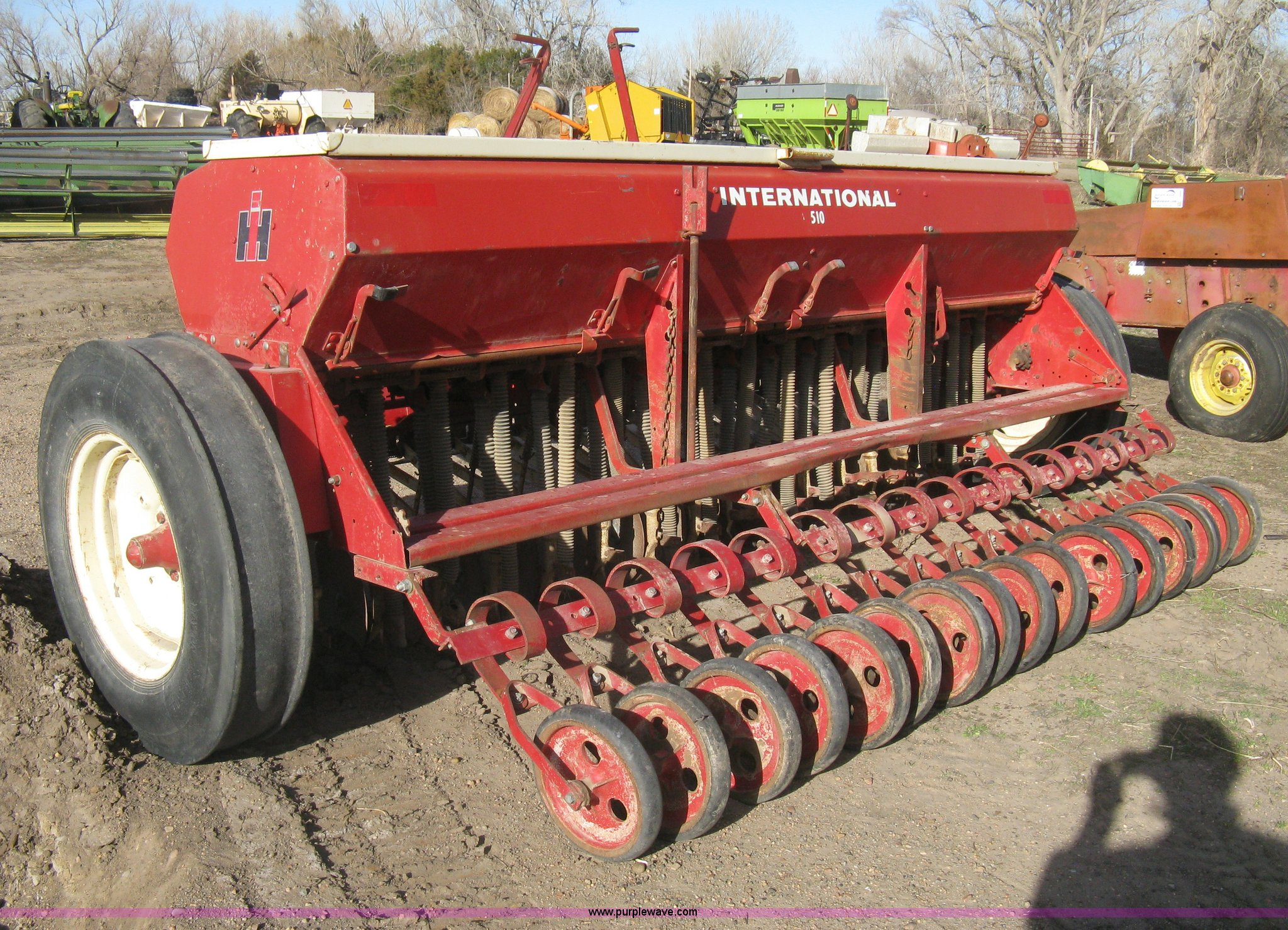... International 510 grain drill Full size in new window ...