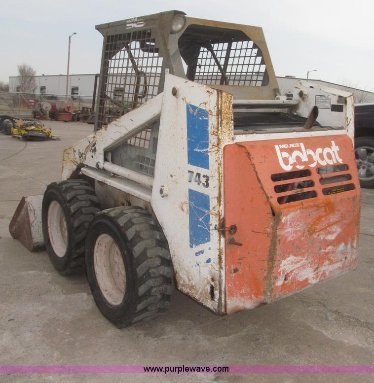 ... F7284 image for item F7284 1987 Bobcat 743 skid steer & 1987 Bobcat 743 skid steer   Item F7284   SOLD! March 27 Con...