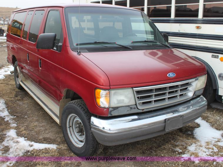1996 Ford Club Wagon | Item AN9986 | SOLD! April 1 Governmen