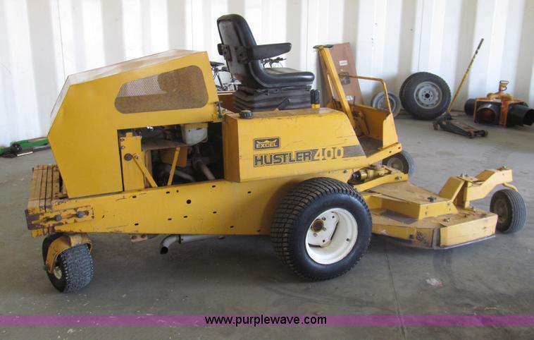 Hustler 400 zero turn mower
