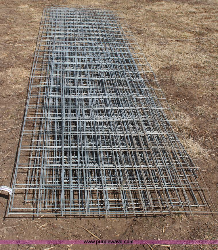 12) hog wire panels | Item AM9430 | SOLD! April 2 Vehicles ...