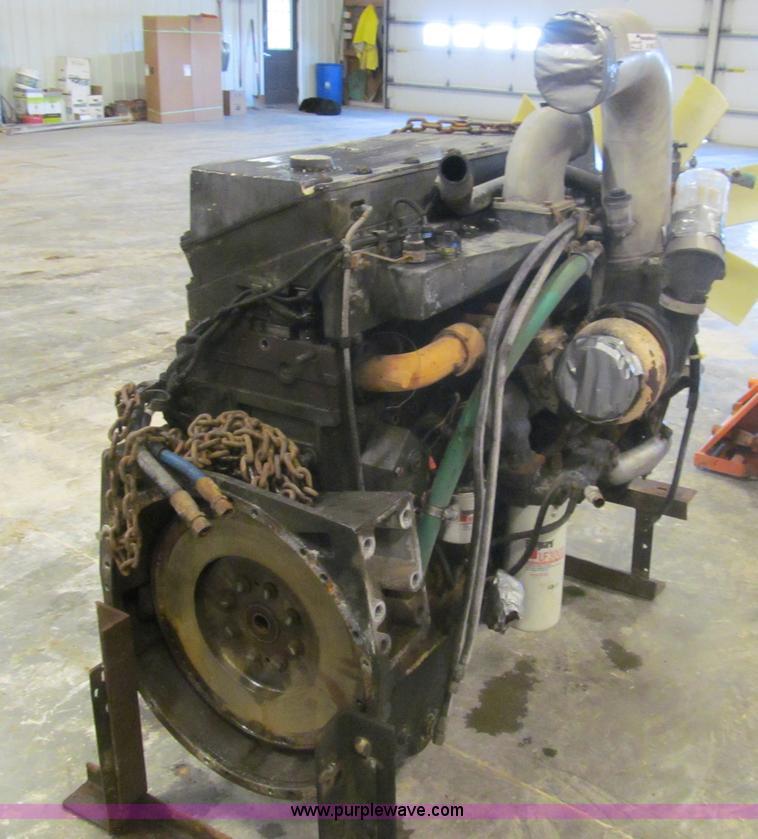 Cummins M11-330E six cylinder diesel engine | Item AY9803 |