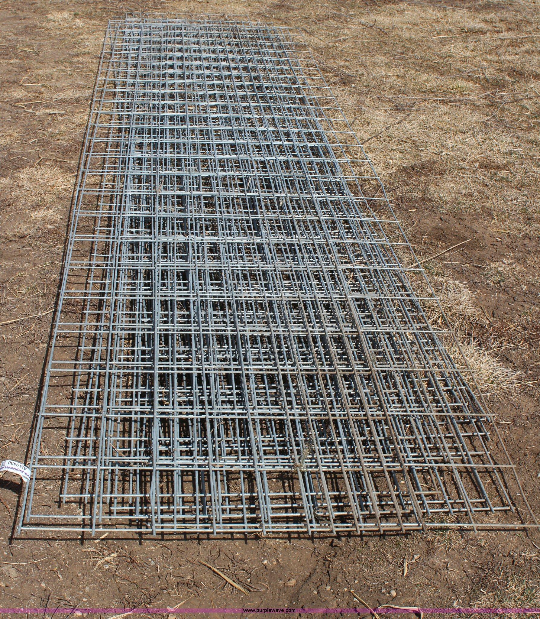Hog Wire Panels Home Decor