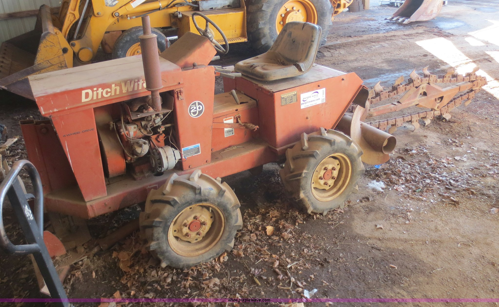 ditch witch j20 trencher item f6827 sold april 2 vehicl rh purplewave com 2310 Ditch Witch Belt Ditch Witch 2310 Trencher Backhoe
