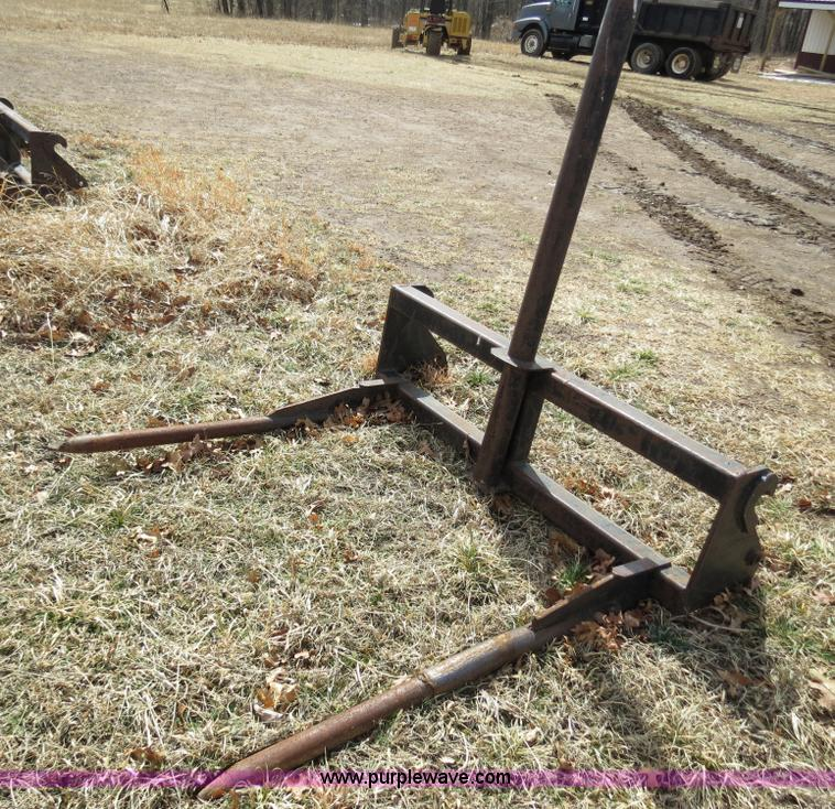 Quick attach bale spike for Memo loader | Item S9711 | SOLD!