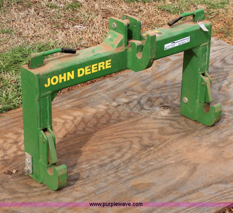 John Deere three point quick coupler hitch | Item AK9673 | S