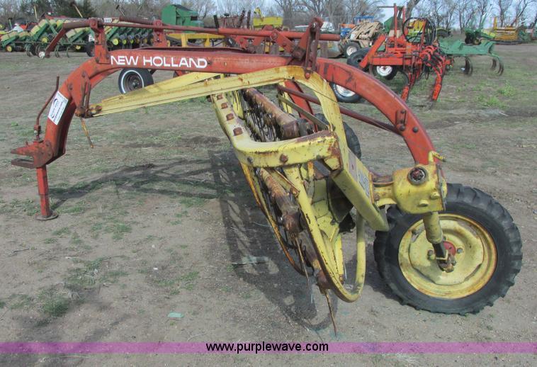 new holland 258 rolabar hay rake item g8382 sold april rh purplewave com new holland 258 hay rake specs New Holland 55 Rake Parts