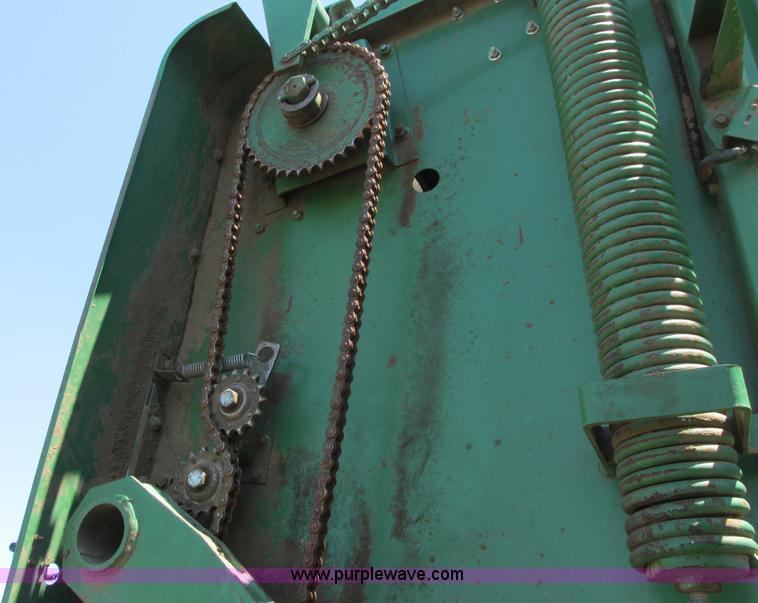 John Deere 530 round baler | Item G8392 | SOLD! April 23 Ag