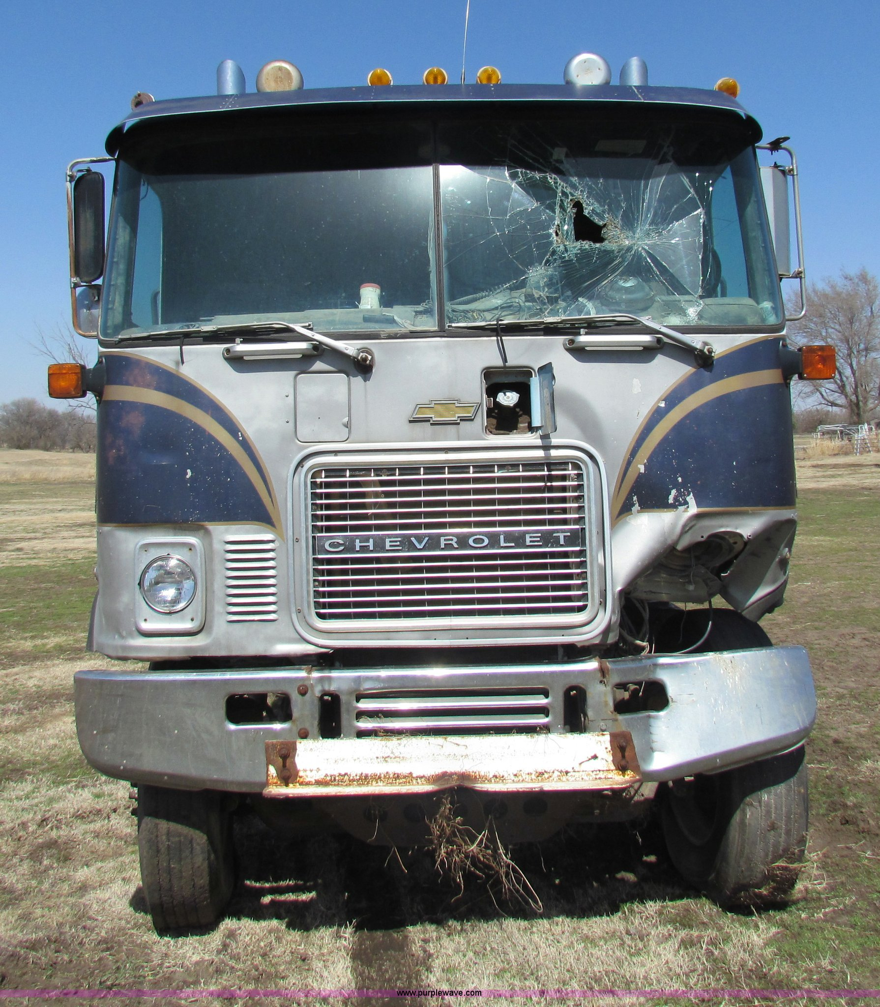 1976 Chevrolet Titan 90 flatbed truck | Item AN9928 | SOLD!