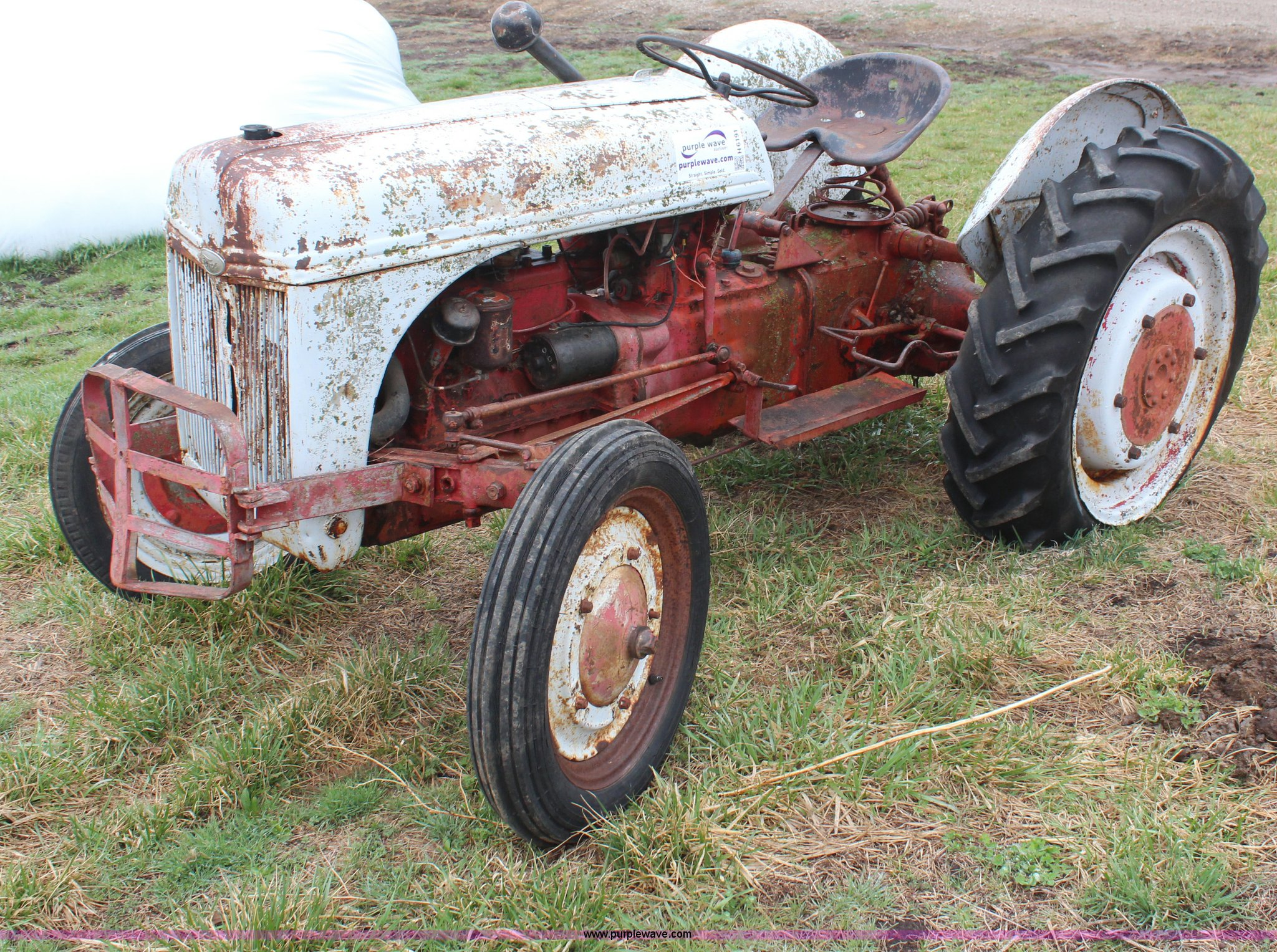 1941 Ford 9n Tractor Item H6191 Sold April 23 Ag Equipm Farm Truck Full Size In New Window