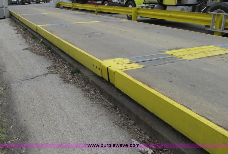 Mettler Toledo 7560 truck scale | Item D3952 | SOLD! April 2