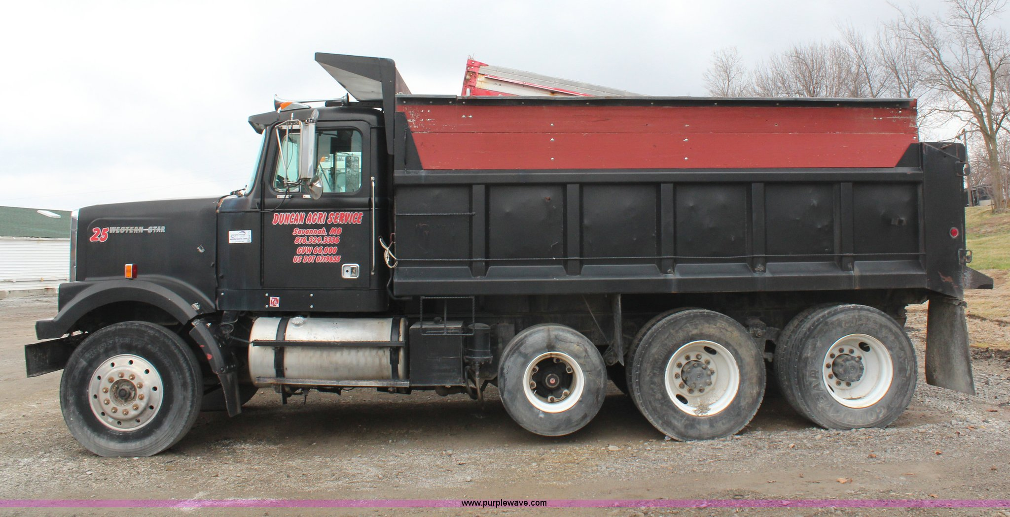1988 Western Star 4800 Dump Truck Full Size In New Window