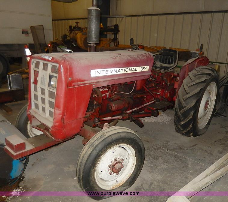 International 354 Tractor No Reserve Auction On Tuesday