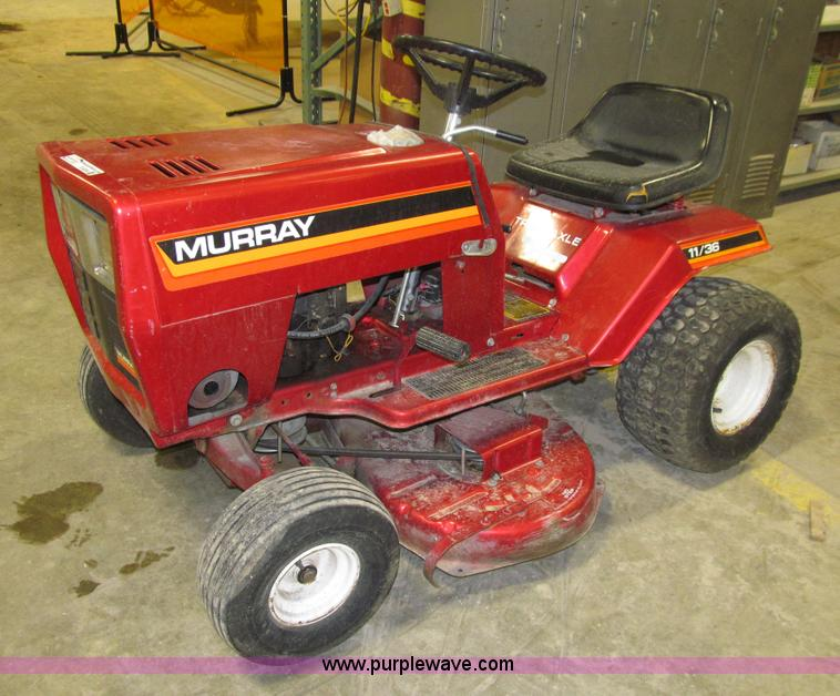 Murray 11136 lawn tractor item r9209 sold may 6 for Lawn tractor motors for sale