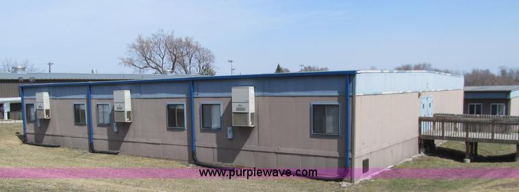 2003 United Modular 6-plex portable classroom building | Ite